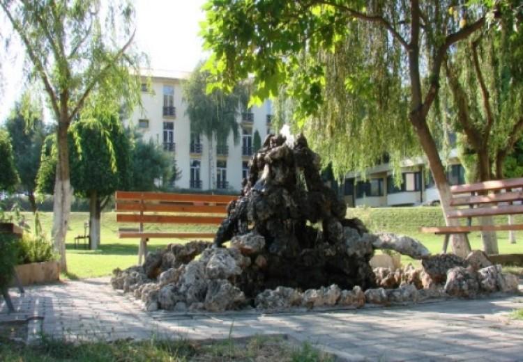 Vitin shkollor 2012/13 Medreseja Isa beu e fillon me numër rekord të nxënësve