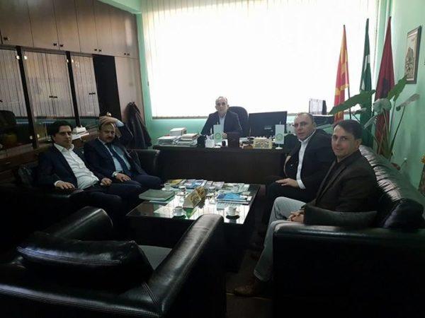 Atasheu i Ambasadës Turke viziton Medresenë Isa Beu